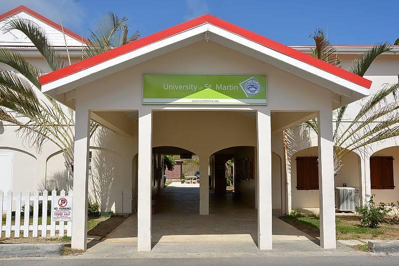 USM - entrance university - Constitutional