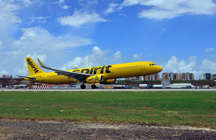 Spirit Airlines landing at SXM Airport 28sep2017