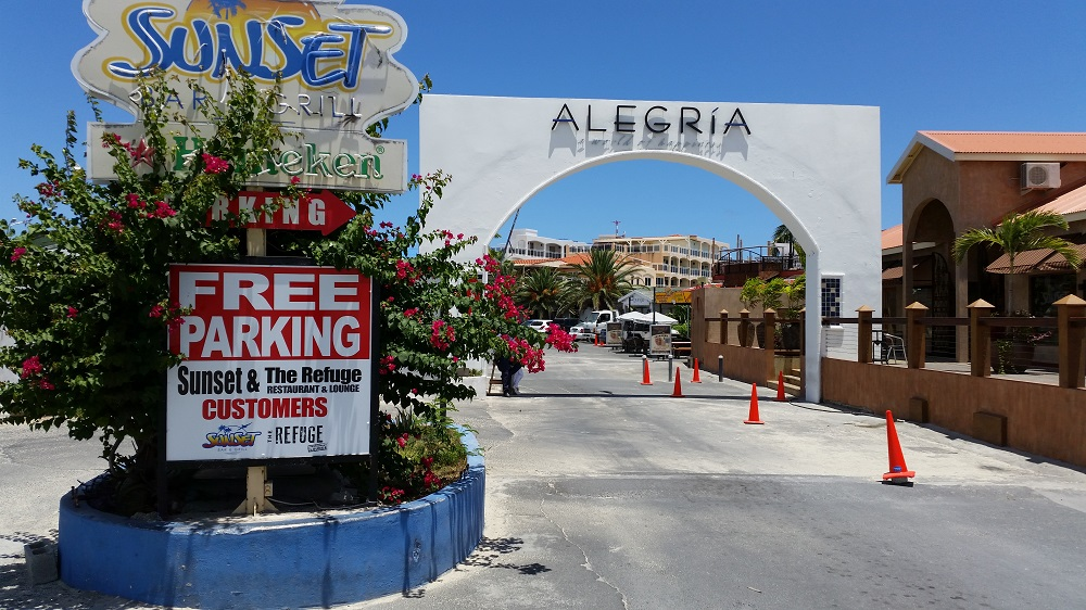 Alegria entrance parking lot refuge