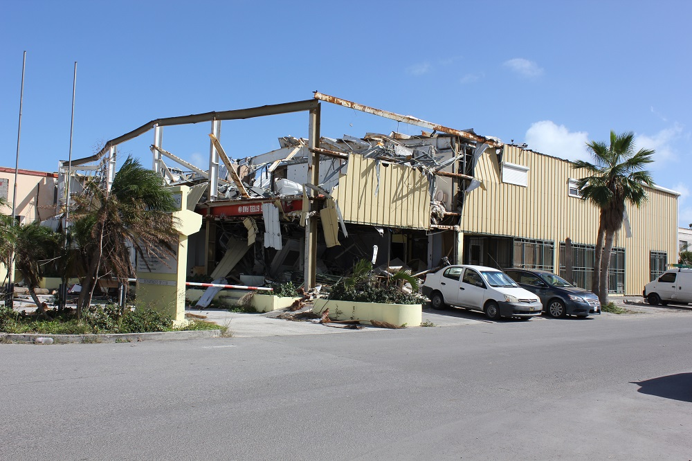 Yellow Building VROMI department demolish