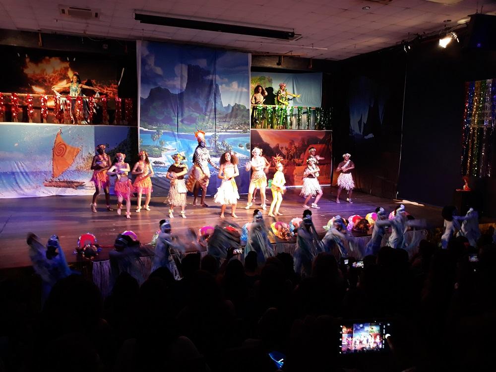 Moana theater show scene