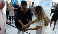 Wuite cuts ribbon with Zdenka Ciric 20180315 - HH