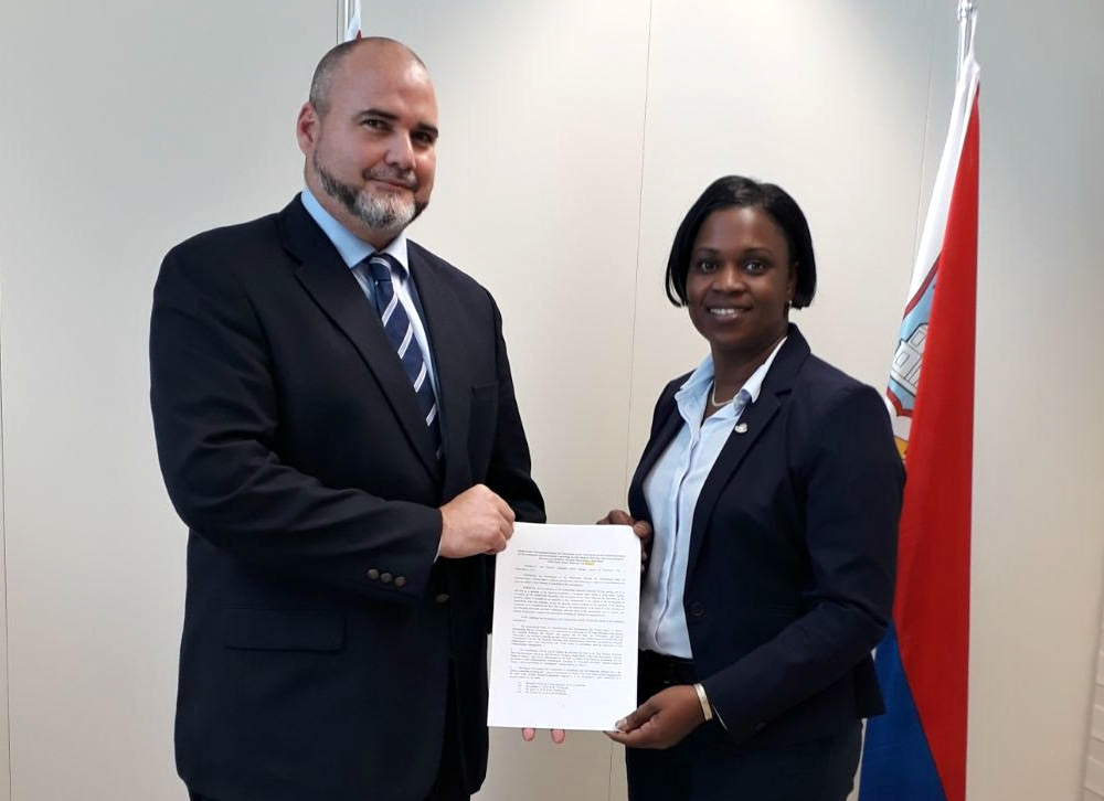 VNP Rep Chris Johnson presentation Trust Agreement to PM Leona Marlin-Romeo - 20180412 VNP