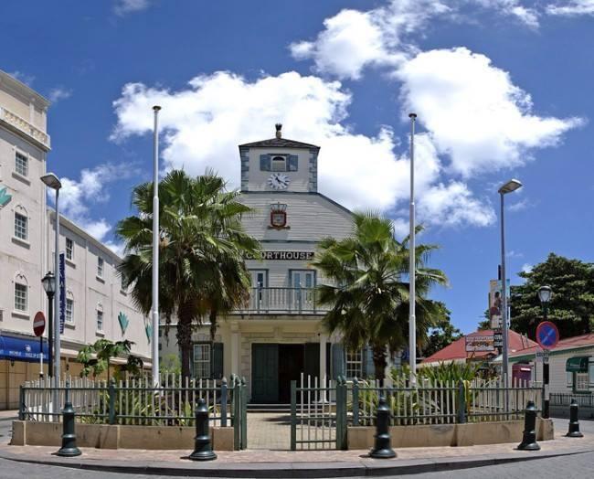 Court House Philipsburg St. Maarten