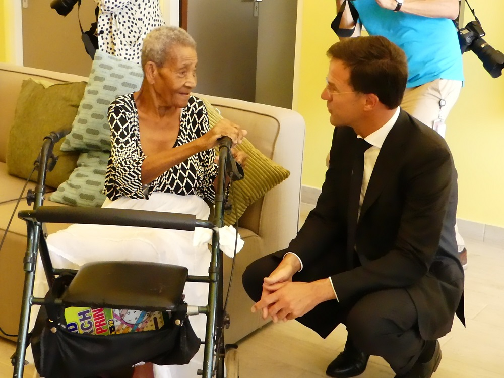 Rutte with WYC-resident - 20180514 HH