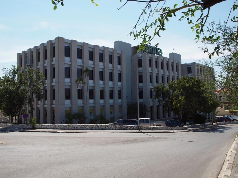 ENNIA office building in Curacao - Photo Antilliaans Dagblad