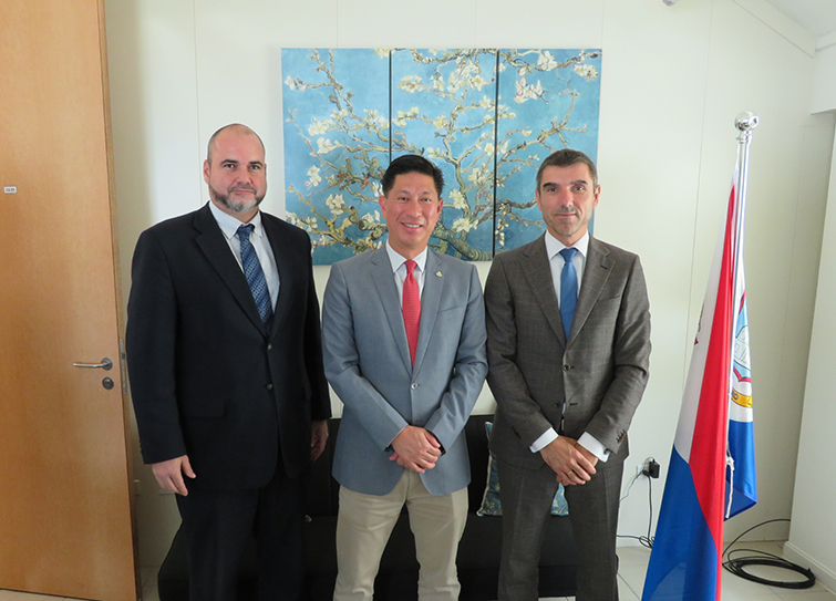 Head Dutch Representative of Holland Mr. Chris Johnson, Minister Lee & State Secretary Mr.Blokhuis