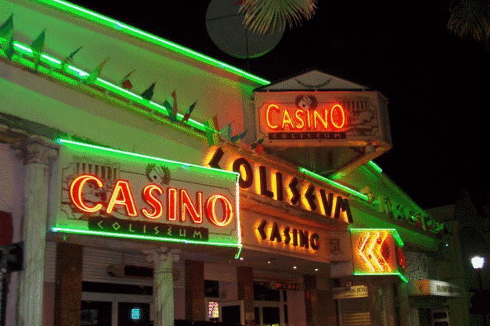 Coliseum Casino SXM