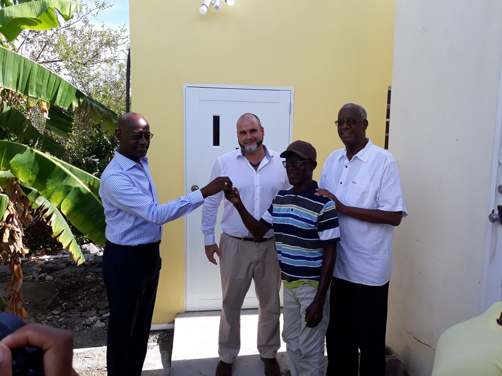 Keith Franca SMDF hands over key to Junior Cannegieter new home - 20180827 TR