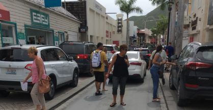 Illegal parking in Front Street