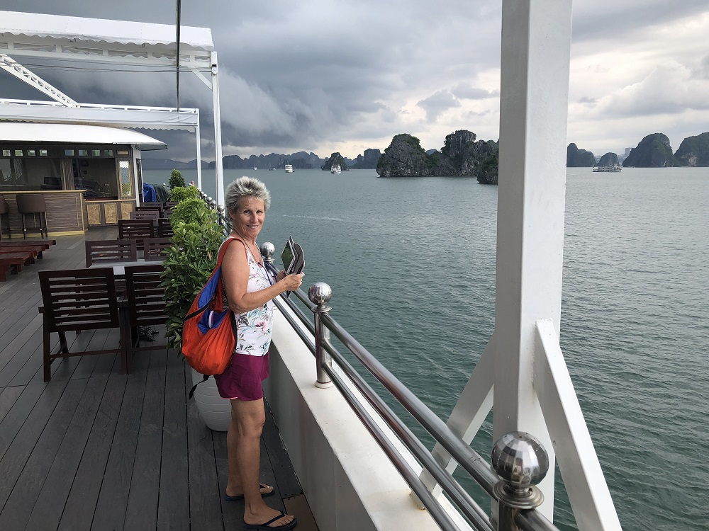 Dark clouds over our Ha Long Bay cruise - HH 20180926