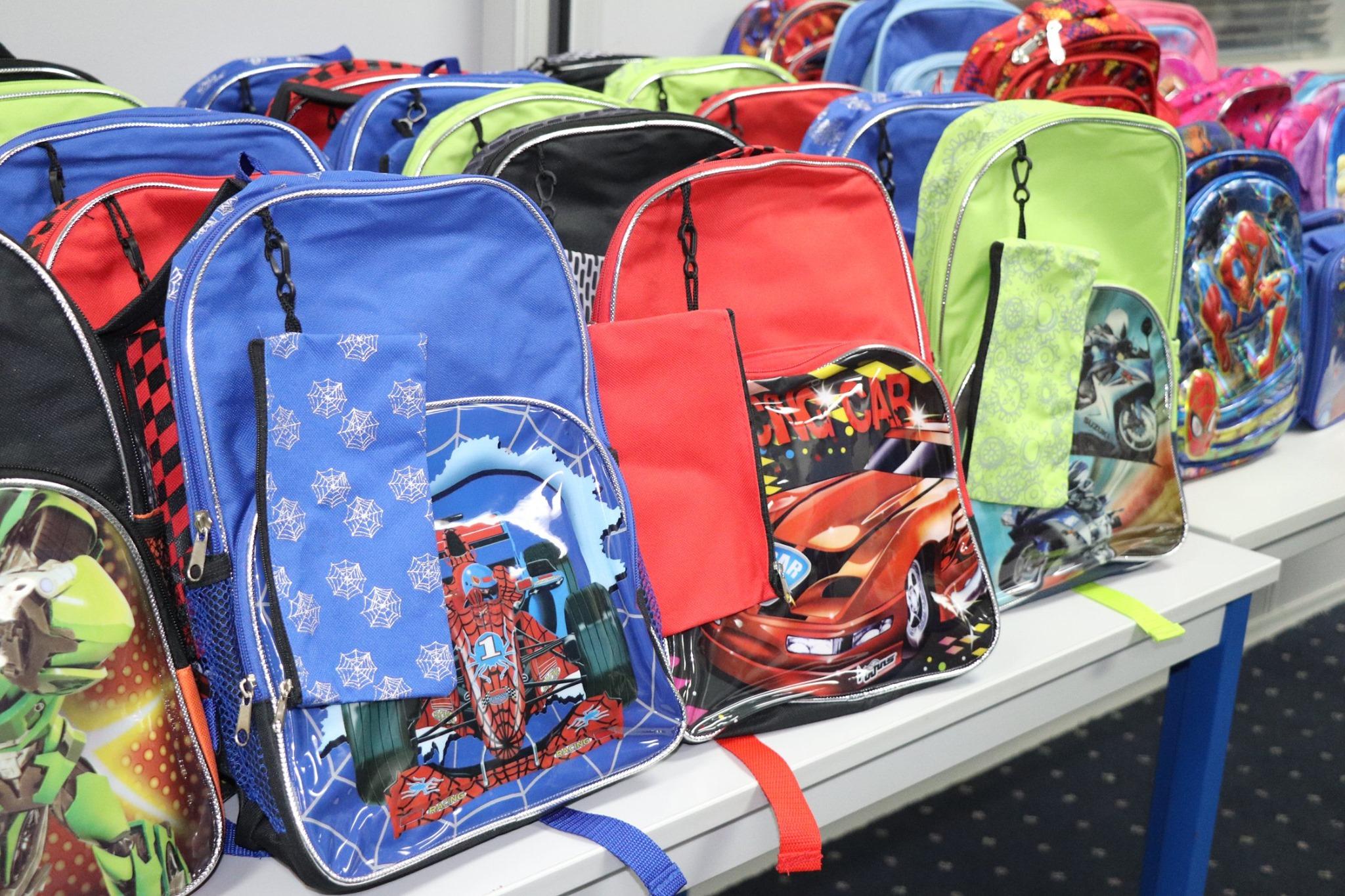 School Bags photo SIGE (Curacao, Caribisch Netwerk)