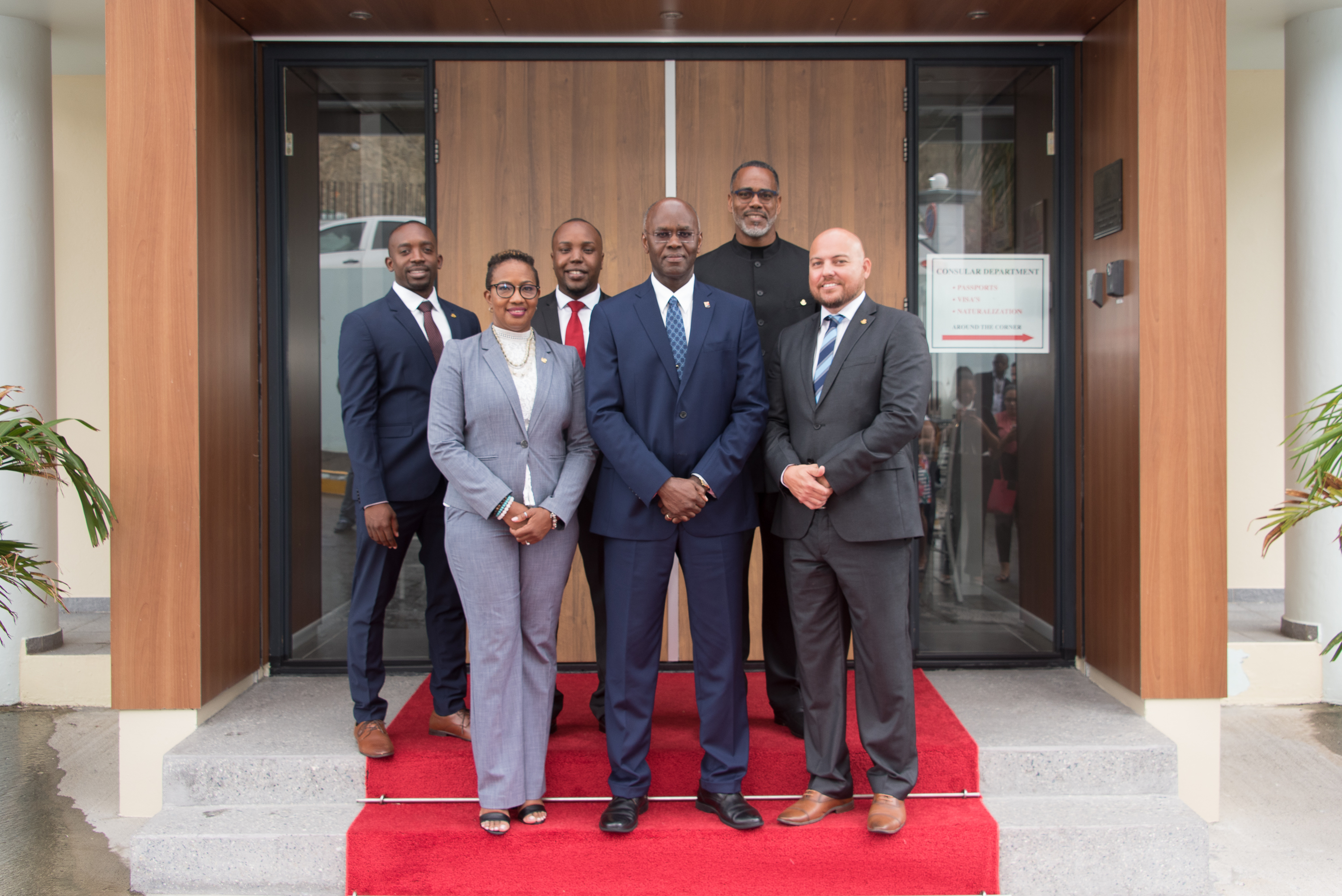 Formateur Jacobs forms new Interim Ministers Cabinet