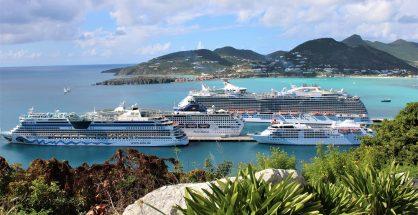 Cruise ships in Port St. Maarten - 20191128 JH