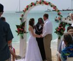 Laid back wedding on Great Bay beach - 2020011603