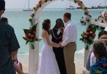 Laid back wedding on Great Bay beach - 2020011603