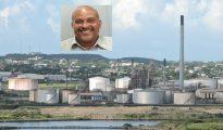 Curacao Isla Refinery met insert Roderick van Kwartel
