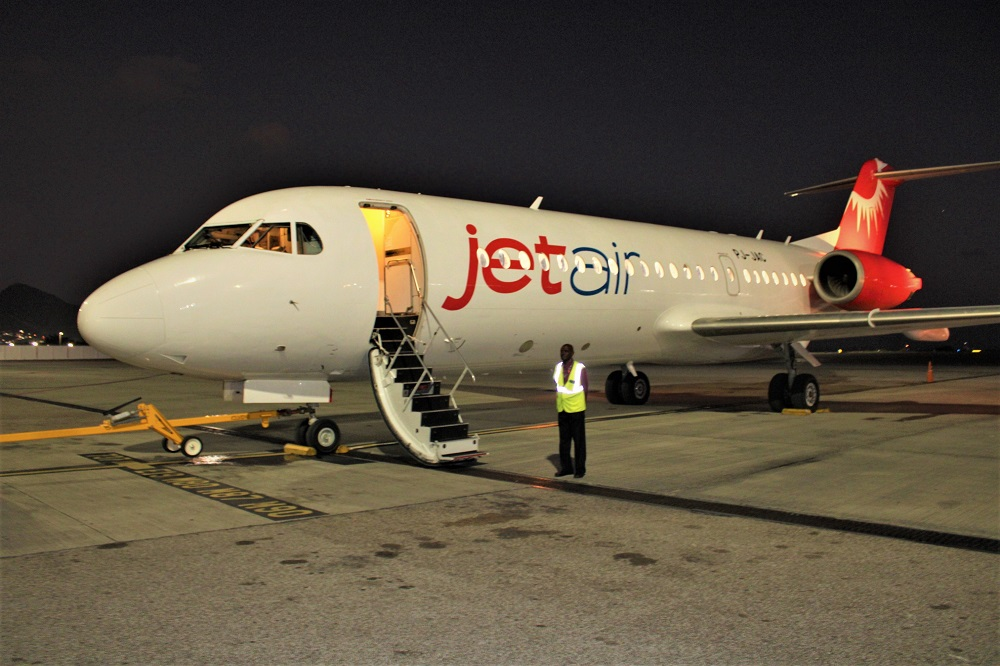Jetair Fokker 70 SXM Airport - 02022020 JH