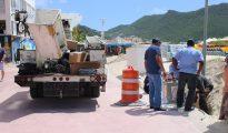 GEBE works on lampposts Boardwalk - 20200302 JH