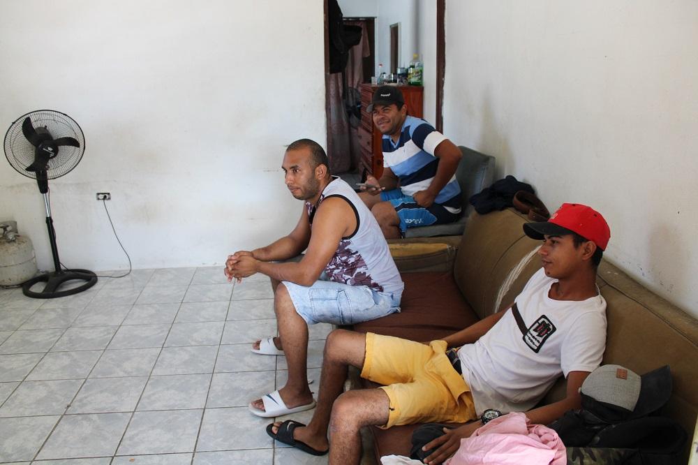 Group of Venezuelan Men Stranded in St. Maarten - 2020042304 JH