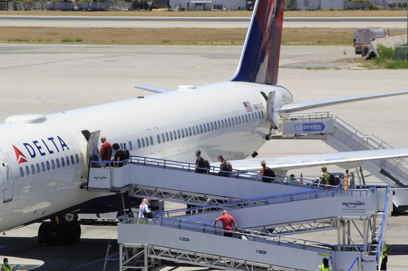 Delta Airlines Repatriation Flight Pax Boarding SXM Airport 14 May 2020