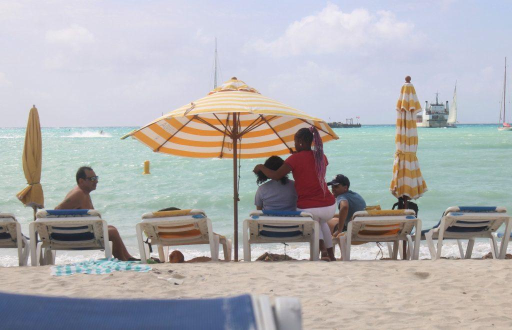 St. Maarten informal economy 3 - JH